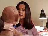 סקס מעולה עם לסביות אמא וילדה