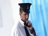 שוטרת חרמנית